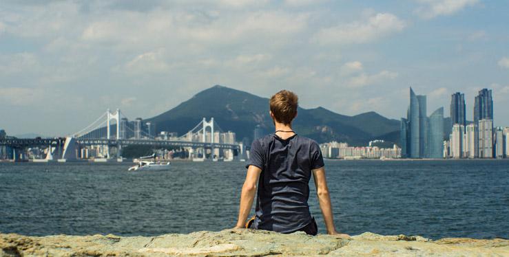 Výhľad na pobrežné mesto Busan v Južnej Kórei